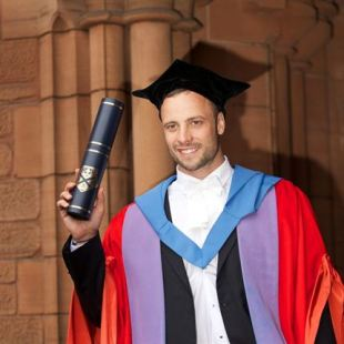 Calls for Strathclyde to remove Pistorius' honorary degree